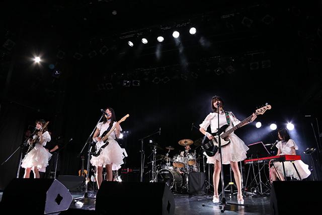 PASSPO☆、SUPER☆GiRLS、さんみゅ~…アイドルグループが続々ガールズバンドに参入!?